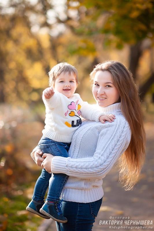 портрет мамы с ребенком
