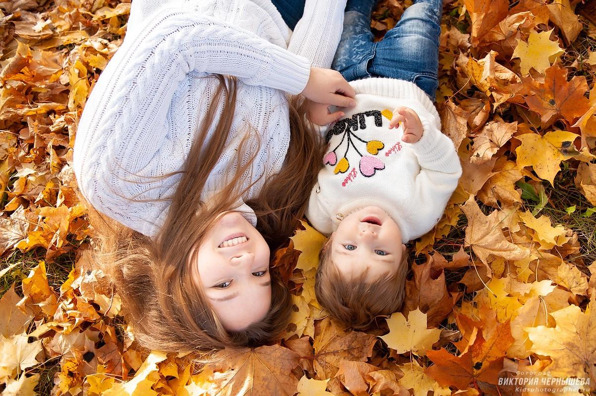 веселое фото мамы с дочкой